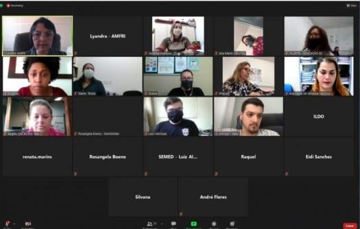 Na manhã desta terça-feira (11), os Comitês Municipais de Gerenciamento da Pandemia Covid-19 da região da AMFRI reuniram-se, de maneira reunião virtual,