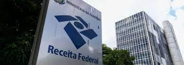 Receita Federal faz leilão de itens apreendidos.